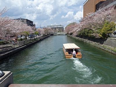 10岡崎琵琶湖疏水遊覧船1.jpg