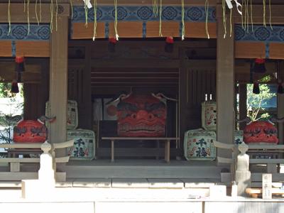 21鎌倉宮拝殿.jpg
