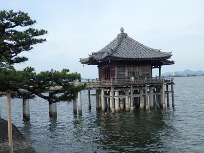 31満月寺浮御堂.jpg